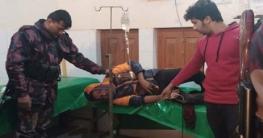 পোরশায় বিএসএফের গুলিতে বাংলাদেশি যুবক আহত