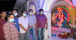 ধামইরহাটে দূর্গাপুজায় পুলিশের টহল, পরিদর্শনে রাজনৈতিক নেতারা