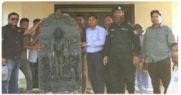 আক্কেলপুরে উদ্ধারকৃত বিষ্ণুমূর্তি পাহাড়পুর জাদুঘরে হস্তান্তর