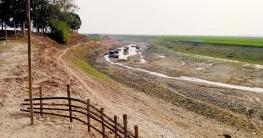 পোরশার উত্তাল পুনর্ভবা নদী এখন মরা খালে পরিণত