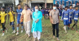 ধামইরহাটে আদিবাসী ইউনাটেড ক্লাবের উদ্যোগে ফুটবল প্রতিযোগিতা