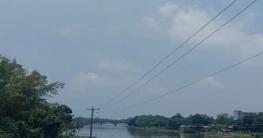 আত্রাই নদীর পানি বৃদ্ধিতে এলাকাবাসীর নির্ঘুম রাত্রি যাপন