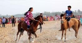 ধামইরহাট উপজেলা প্রেস ক্লাবের ঘোড়দৌড় প্রতিযোগিতা