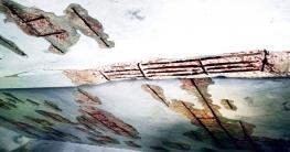 আত্রাইয়ে ঝুঁকিপূর্ণ ভবনে চলছে প্রাথমিকের পাঠদান