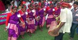 মহাদেবপুরে ক্ষুদ্র নৃগোষ্ঠী সম্প্রদায়ের কারাম উৎসব উদ্যাপন