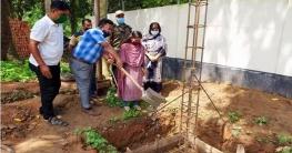 বদলগাছীতে ইউএনওর নিরাপত্তাকর্মীদের ব্যারাকের ভিত্তিপ্রস্তর স্থাপন