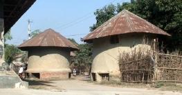 নিয়ামতপুরে টিকে আছে ঐতিহ্যবাহী সংরক্ষণাগার মাটির গোলা